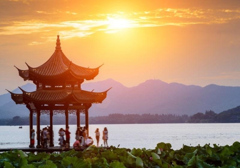 China & Vietnam Cruise n Stay