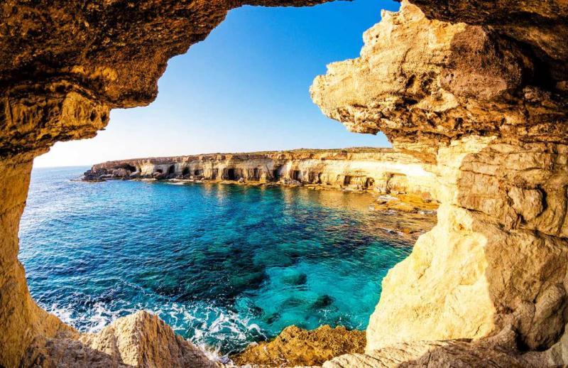 Cyprus - 4*+ Mediterranean Beach Hotel