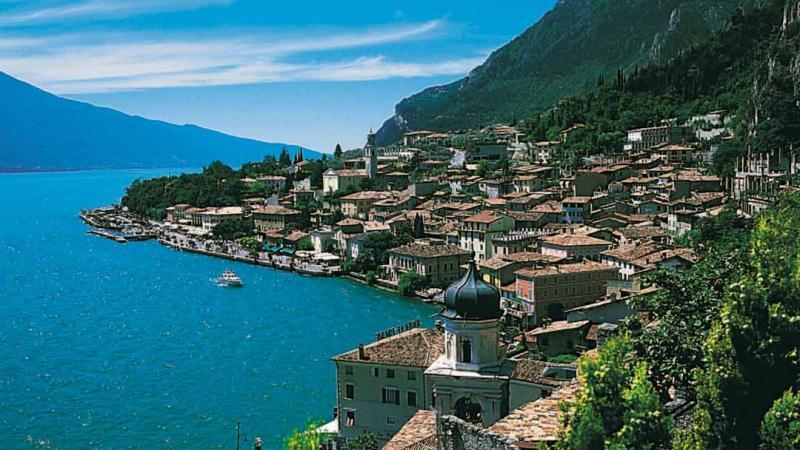 Lake Garda - 4* Villa Rosa