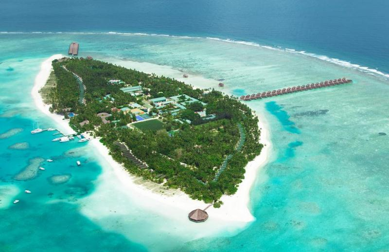 Maldives - 4* Meeru Island Resort