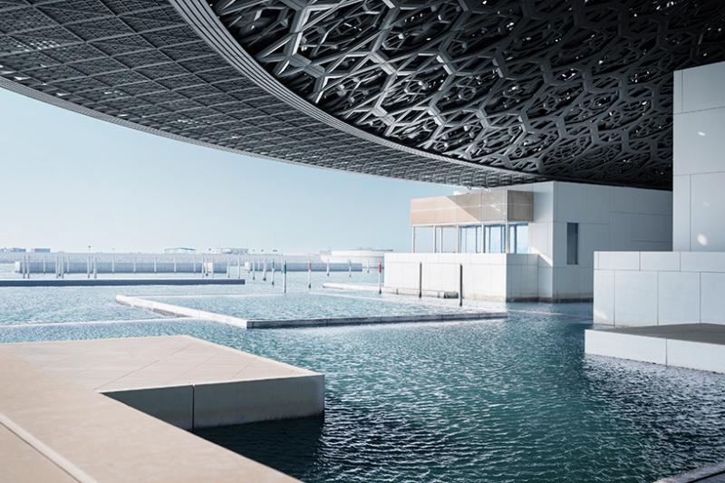 Stunning Louvre Abu Dhabi to open in November