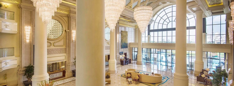 Tailor made luxury holidays from Dublin-The Ritz Carlton Abu Dhabi