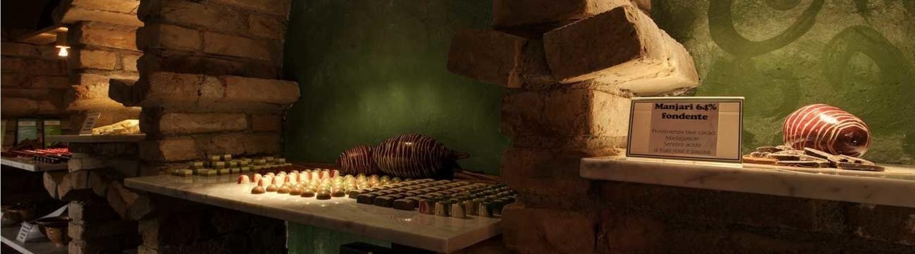 Siasa Salares chocolate room