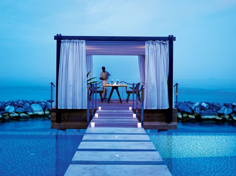 velaa romantic pool residence