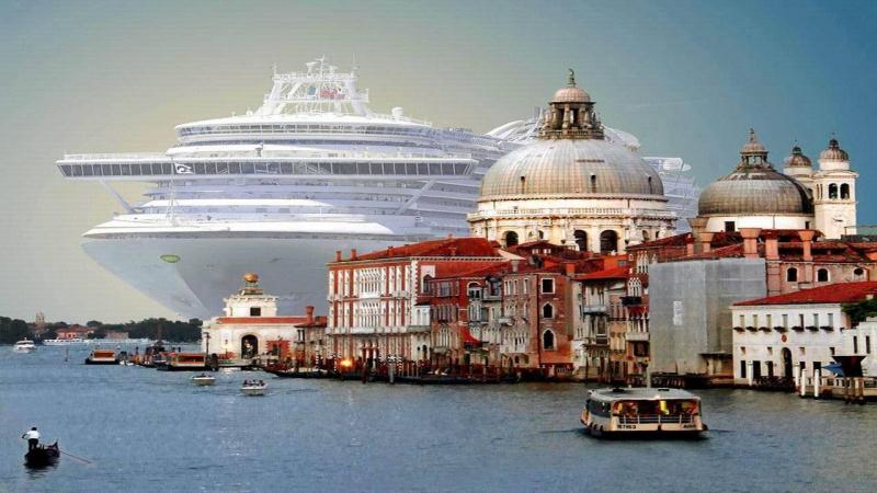 Venice bans giant cruise ships and Venetians are thrilled about it.
